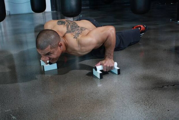 Push ups (featured image)