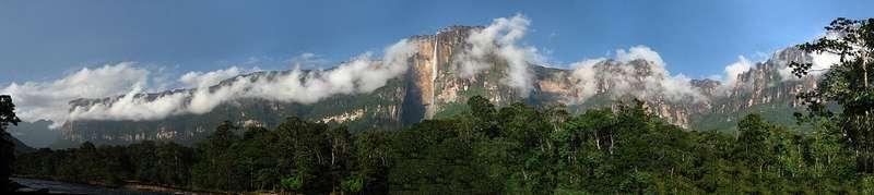 Auyan-tepui Mountains
